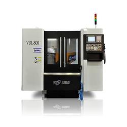 DMTG VDL800 Вертикальный обрабатывающий центр DMTG Станки с ЧПУ Фрезерные станки